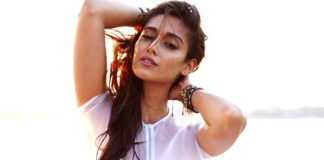 Ileana posting hot pictures to gain new offers